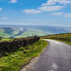 paysage-route-de-campagne-1560x1033